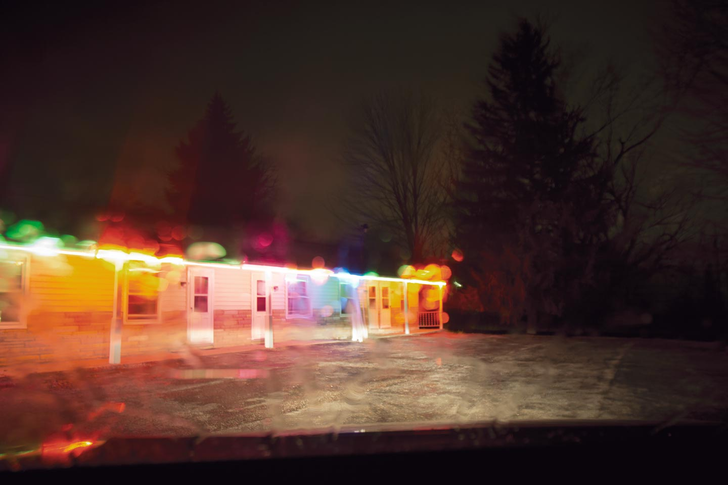 Intimate Distance © Todd Hido